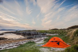 CAMPING TIPS. 8 THINGS TO KNOW BEFORE YOU GO WILD CAMPING