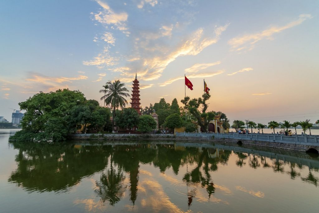 TOP 5 MUST-SEE IN HANOI, VIETNAM